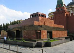 При проектировки усыпальницы Ленина, Щусев использовал 12-ти ричную систему счета, принятую в месопотамии