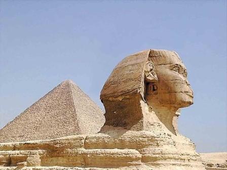 Пирамиды - Космические маяки