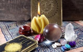 Амулеты и талисманы: значение и история возникновения
