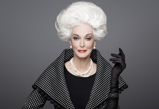 Американская модель и актриса Кармен Делл'Орефис (Carmen Dell'Orefice)  85 лет